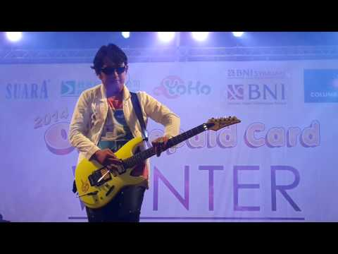 download lagu Aksi Apoy Sang Gitaris Wali Band gratis