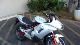 2006 Kawasaki Ninja 650r in Silver & Red 100514
