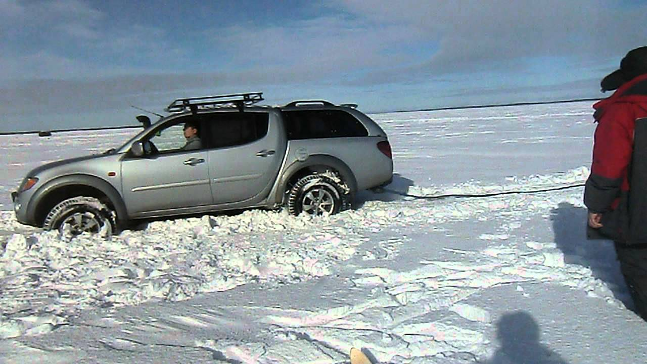 L200 на пересеченной месности по мокрому снегу