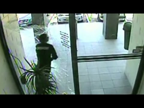 Thief fails big in pane-ful getaway