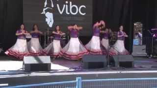 download lagu Leela Dance Group - Nagada Sang Dhol Goliyon Ki gratis