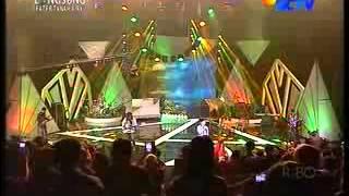 Konser 17 Tahun Ungu - Para Pencarimu 10/07/2013