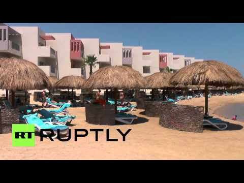 Egypt: Holiday continues for tourists despite deadly protests nearby