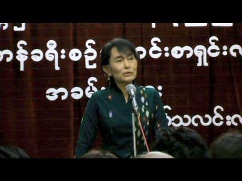 Birmânia: Aung San Suu Kyi pronta a ser presidente