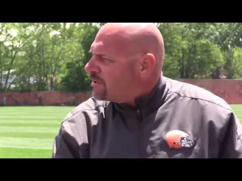 Cleveland Browns' Mike Pettine on Johnny Manziel's water bottle throwing incident