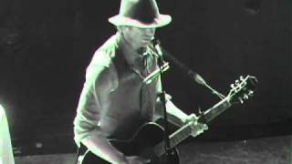 Watch Todd Snider Barefoot Champagne video