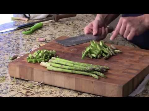 How To Cut Asparagus-Quick and Easy
