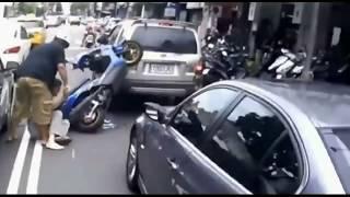 Tổng hợp video tai nạn xe  hài hước nhất