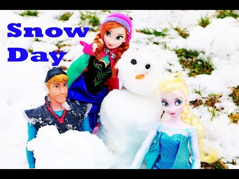 Frozen Elsa & Anna Do You Want To Build A Snowman Barbie Parody Play-doh Snowball Fight video