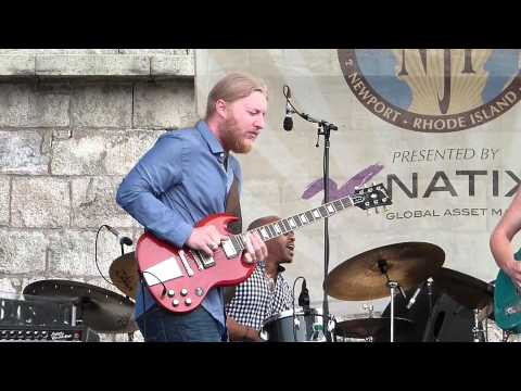 tedeschi trucks band, newport jazz fest 2012, don't let me slide, derek solo,