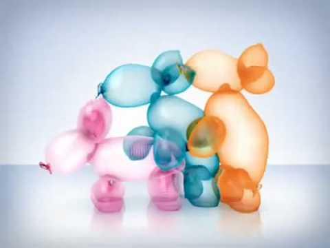 Horny balloons (Durex)