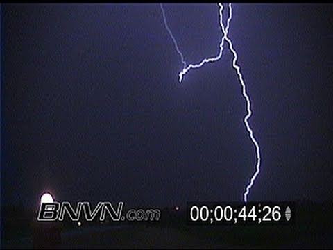 7/8/1999 Lightning footage from Lewiston, MN