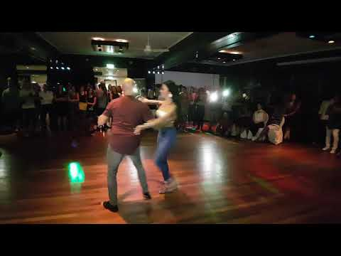 Fiesta Deluxe Salsa - Troy Anthony y Griselle Agosto