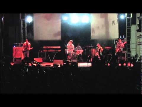 Desalinhados - I Predict a Riot (Kaiser Chiefs) @ Festas de S. Facundo 2011