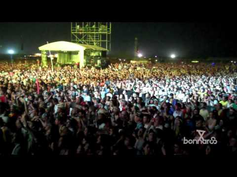 Arcade Fire Plays &quot;Wake Up&quot; At Bonnaroo 2011