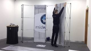 Assembling your pop-up exhibition display!