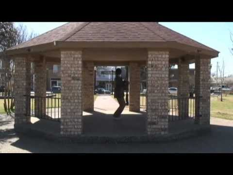 A Look At Some Different Things - Karl visits Sanger, Texas (March 2011)