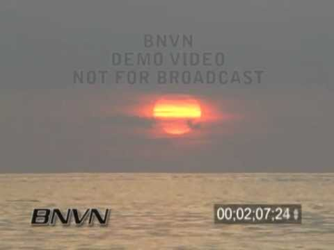 7/17/2006 Sarasota, FL Orange Sunset Video
