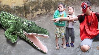 Trò Chơi Cá Sấu Đại Ca Gặp Siêu Nhân Nhện| Gia Đình Baby Shark