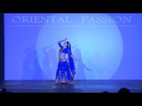Performing ''In Aankhon Ki Masti Hai'' choreography by