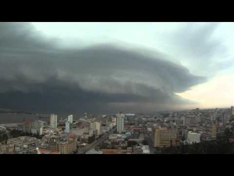 Tempestade sobre Maputo (time lapse), 11/02/2012