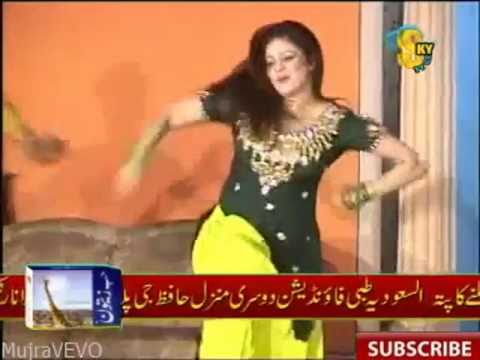 Afreen -Pakistani Hot Sexy Mujra - Har Passey Dhol Wajdey - Afreen HD Video 2011