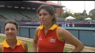 Nuria Llagostera Vives and Maria Jose Martinez Sanchez talk Fed Cup