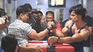 AKASH KUMAR AKA WRIST HUNTER VS ANIKET ARORA ARM WRESTLING SUPERMATCH