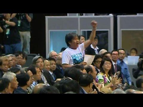 Hong Kong: un haut repr ésentant de Pékin hué