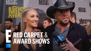 Download Lagu Jason Aldean & Brittany Kerr Have Fun Baby Name Ideas! | E! Live from the Red Carpet Gratis STAFABAND
