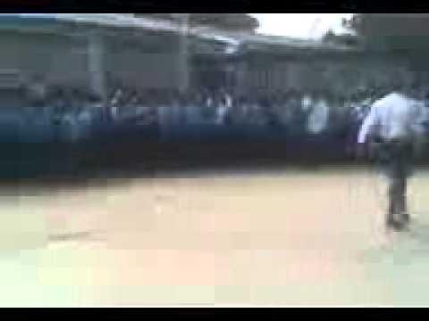 (izikhothane dance)ZIKU,SDONA AND MURACCHINI.....at school farewell