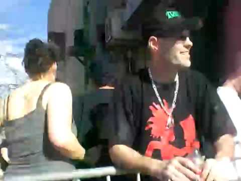 waitin in line juggalo chants Video