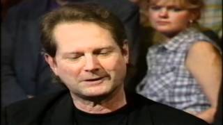 Roger Mcguinn Interview on Jools Holland 1997