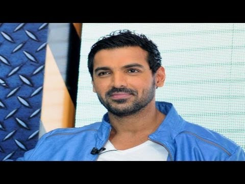 Watch John Abraham Unveils Philips' Mpower Range In New Delhi