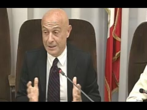 Roma - Controllo flussi migratori, audizione de sottosegretario Minniti (28.01.15)