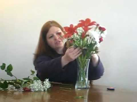 How to Arrange Flowers In a Vase