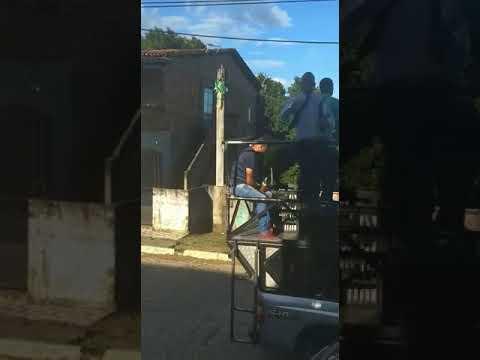 Deputado Pastor Sargento Isidório cai de mini-trio em São Francisco do Conde