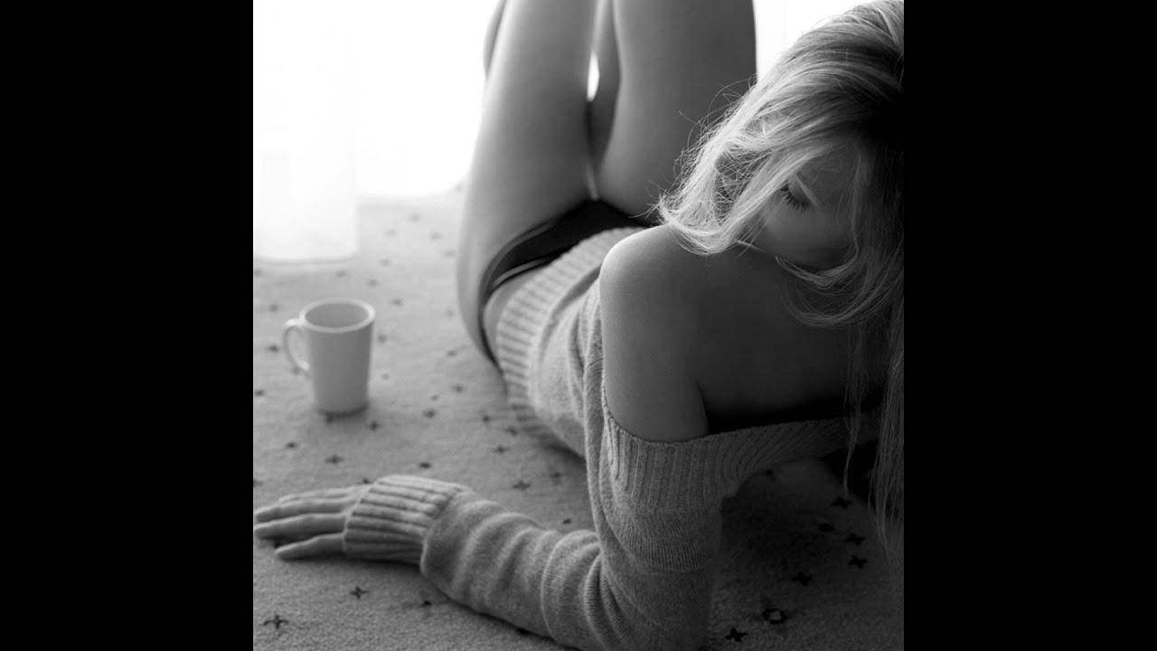 Черно белые фото девушек утром 7 фотография