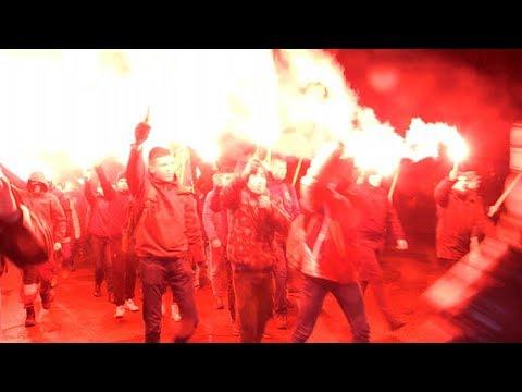 Націоналісти влаштували смолоскипну ходу Житомиром до дня народження Бандери