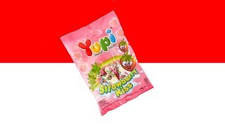 Trying MORE Indonesian Snacks