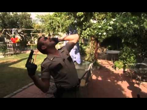 Reno 911! - Jim Dangle in action