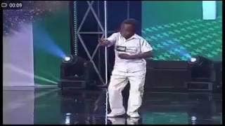 Niño negro bailando el tema de GTA SA meme