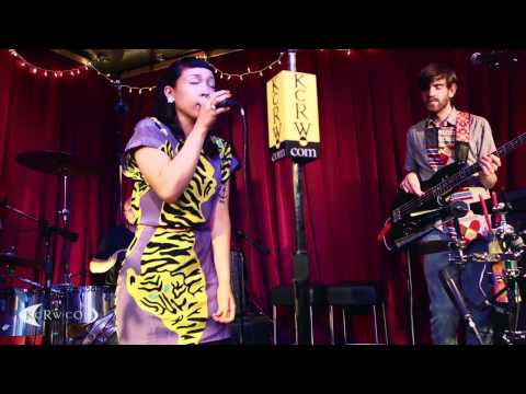 "Little Dragon performing ""Ritual Union"" on KCRW"
