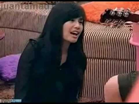 "Myrtle singing ""Tinamaan Ako"" while Tom playing guitar"