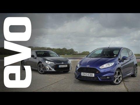 Ford Fiesta ST vs Toyota GT86   evo TRACK BATTLE