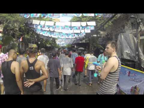Songkran, Thai New Year on Khao San Road – Saunders and Ollie