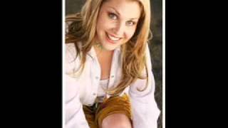 Watch Sunny Sweeney East Texas Pines video