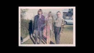 Watch Alice Cooper Fields Of Regret video