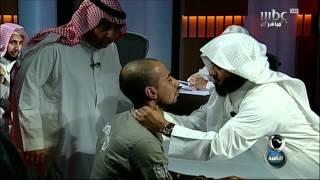 #MBC8PM مراسل الثامنة يتعرض للخنق من أحد الرقاة