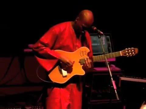 Lionel Loueke solo for Herbie Hancock band